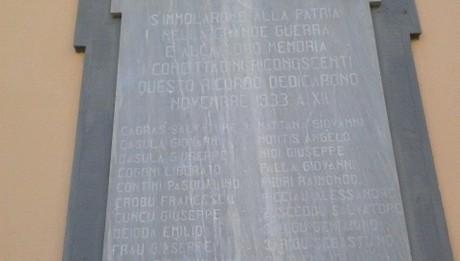 Monumento-ai-Caduti-Elmas