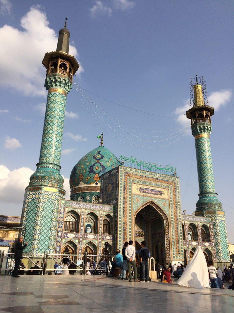 """Diario di viaggio """"Quattro giorni nella meravigliosa Tehran, tra fascino e storia di una megalopoli mediorientale""""  (Arrivo, I giorno)"""